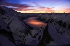 Вид на ночную долину Шамони