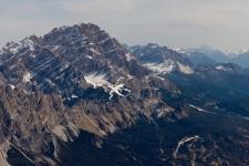 Пик Кристалло (Cristallo, 3216 м).