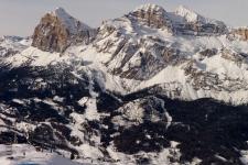 Тофана (Tofana, 3243 м) и одноименный регион катания.