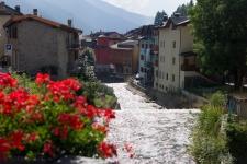 Старинный альпийский городок Понтедиленьо (Ponte di Legno).