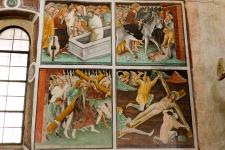 Древние фрески в Клузоне воистину удивительны...
