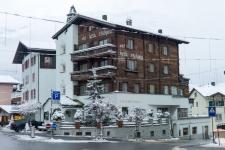 Клостерс. Отель Chesa Grischuna - скромный приют королей и принцев.