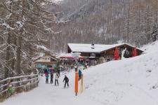Венец путешествия по Dutyfree-Run (трасса № 80) - апре-ски бар.