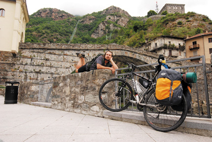Антропология туризма